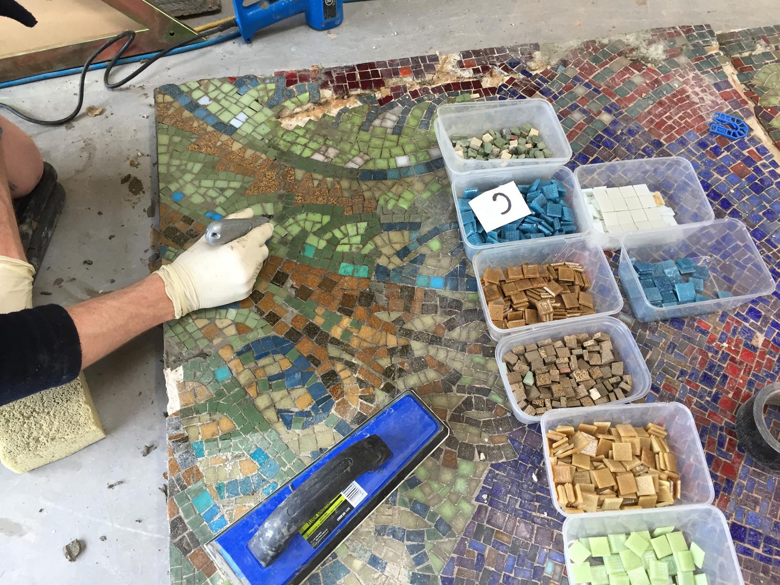 leeds-college-of-art-2015-mosaic-working