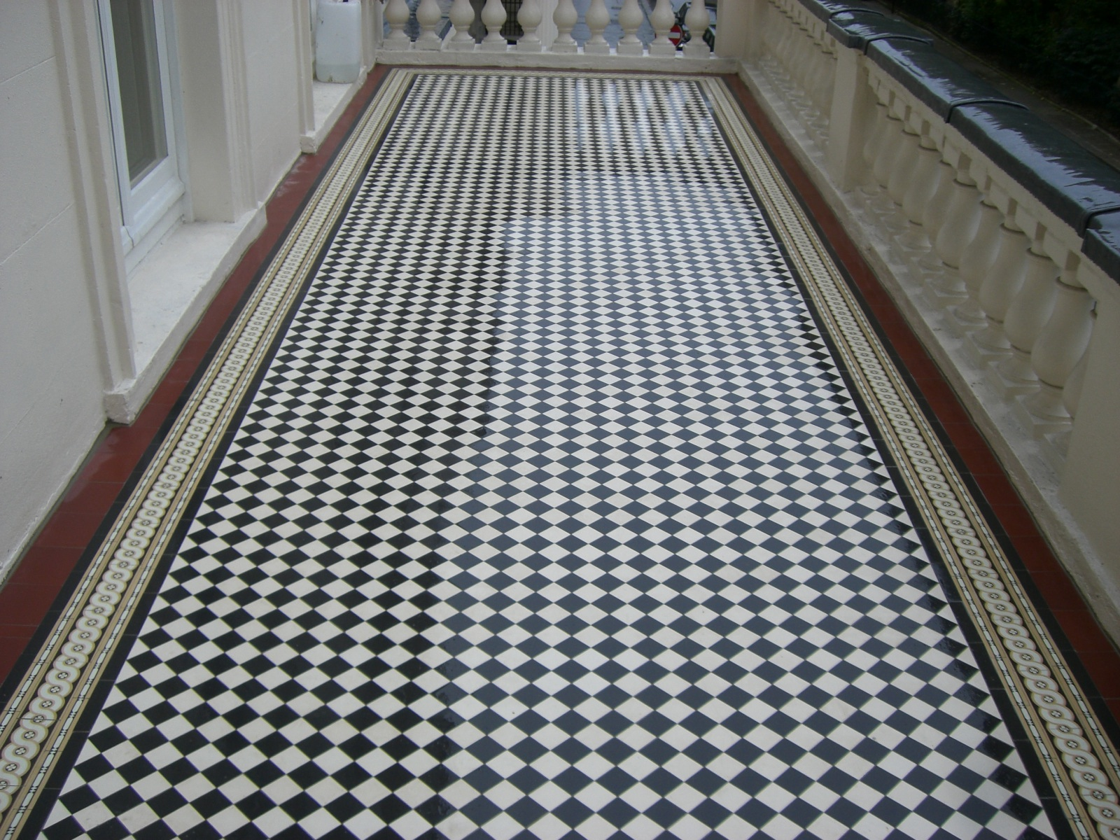 new-private-and-public-geometric-floor-tiling-mosaic